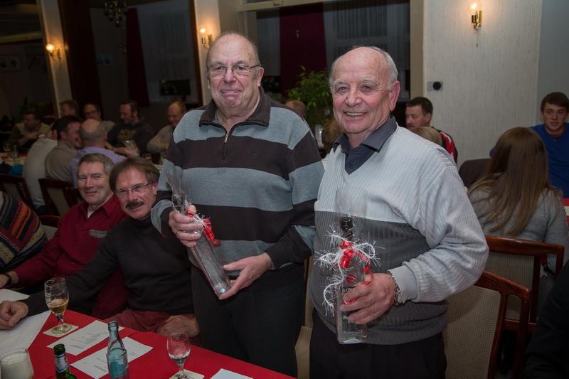 Mit großem Dank aus dem Ältestenrat verabschiedet wurden Rolf Hauenschild und Jürgen Sue. Neu dabei sind Walter Schmidt und Siggi Kraft.